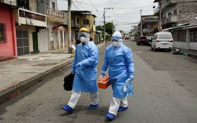 Universidad Johns Hopkins asegura que la vacuna contra covid-19 no acabará con la pandemia