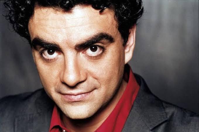 El tenor mexicano Rolando Villazón ofreció charla virtual a jóvenes becarios