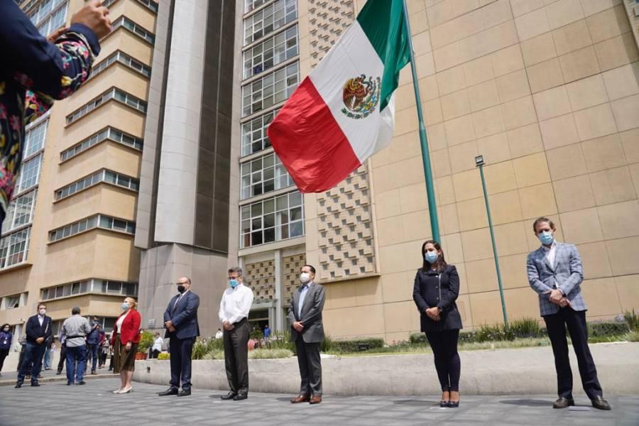 Personal del IMSS rinde homenaje a personas fallecidas por Covid-19