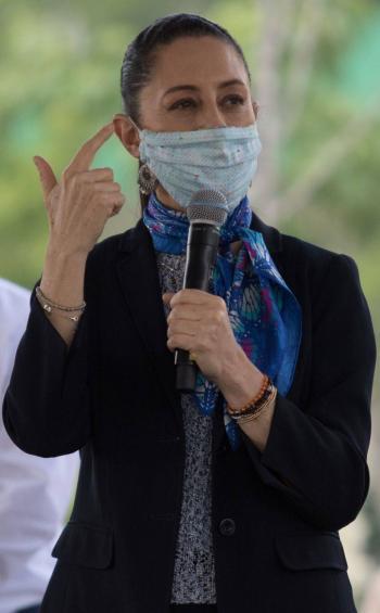 Anuncian apoyos a huérfanos y médicos