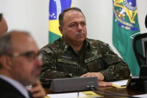Más de 100 mil muertes por covid-19 en Brasil no hacen diferencia, asegura ministro de salud