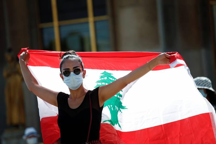 París impone uso de cubrebocas  en las zonas más frecuentadas