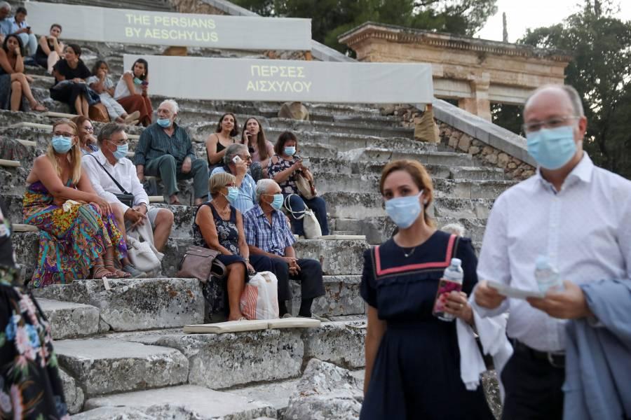 Grecia pedirá tests negativos a visitantes de Suecia, España y Bélgica