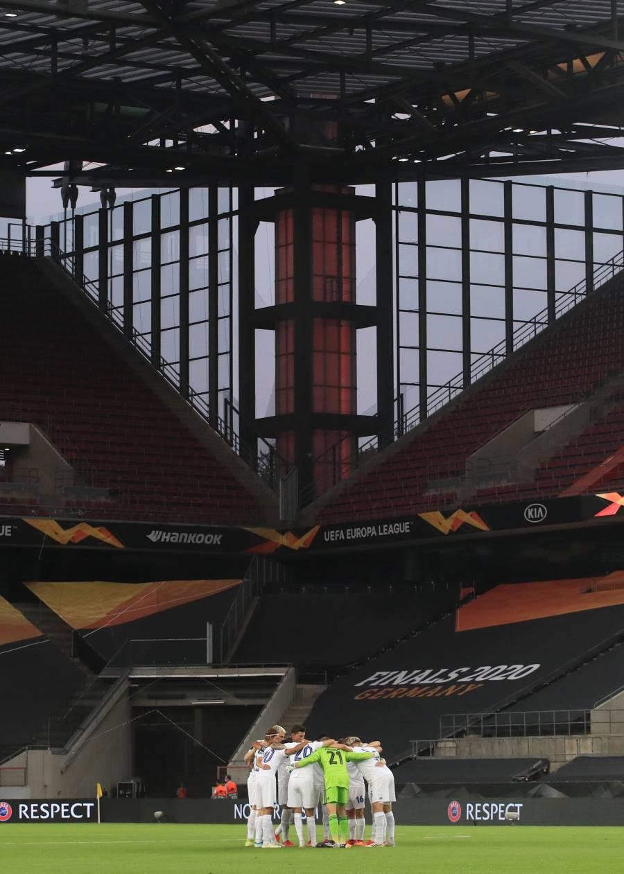 Alemania prohíbe hasta octubre público en los estadios de fútbol