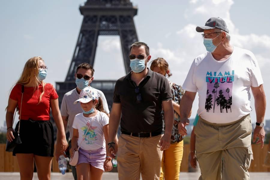 Francia extiende prohibición de reuniones públicas hasta fines de octubre