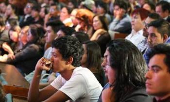 NECESARIO RESOLVER REQUERIMIENTOS DE LOS JÓVENES PARA AFRONTAR EL PRESENTE