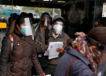 Perú vuelve al toque de queda los domingos por rebrote de Covid-19