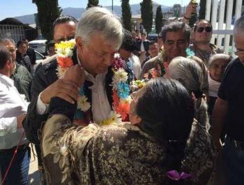 LOS POBRES PRIMERO TAMBIÉN EN APLICACIÓN DE VACUNA, ADELANTA PRESIDENTE