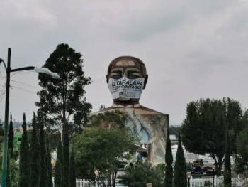 EN IZTAPALA, CON MAYOR CONTAGIOS Y MUERTES POR COVID EN CDMX, PONEN CUBREBOCAS A JUAREZ