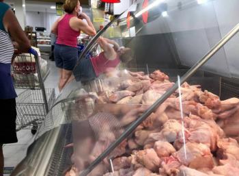 Detecta China Covid-19 en pollo  de Brasil y camarones de Ecuador