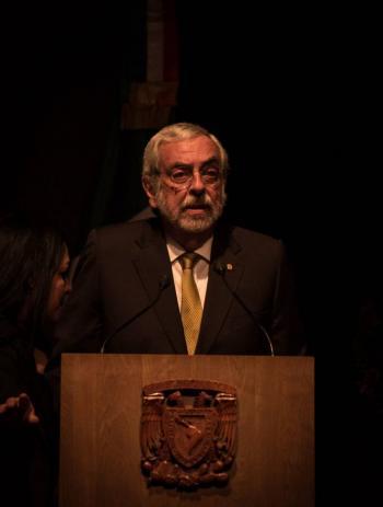 Graue entrega Cuenta Anual 2019 de la UNAM