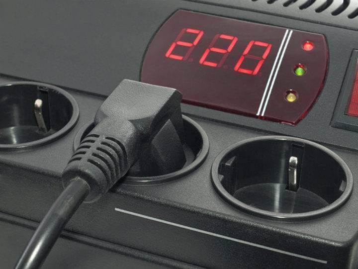 Cómo evitar afectaciones a dispositivos eléctricos en época de huracanes