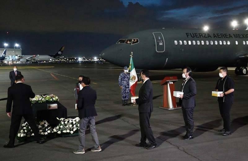 Repatrian 18 urnas con cenizas de fallecidos por Covid-19 en Estados Unidos