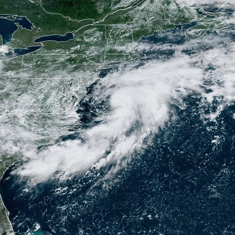 Se forma tormenta tropical Kyle en el océano Atlántico