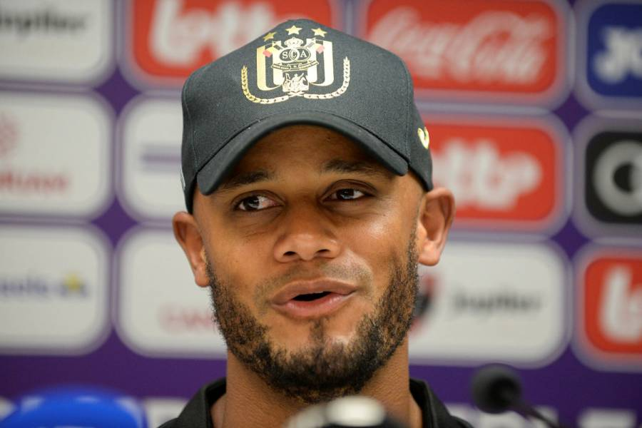 Kompany se retira de las canchas para asumir como DT de Anderlecht