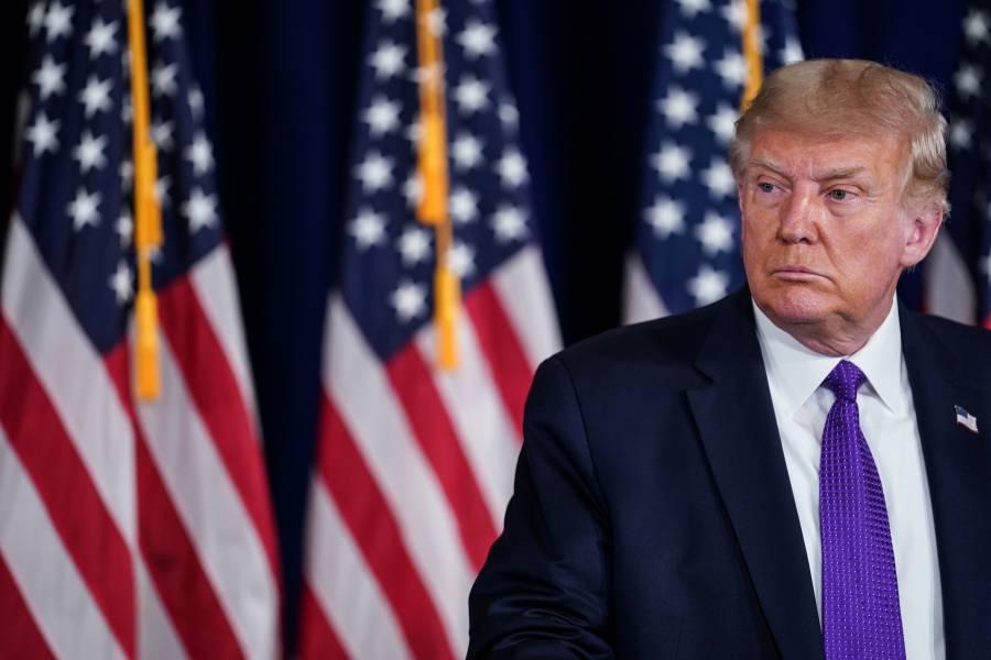 Trump bloquea fondos a correo  para impedir comicios a distancia