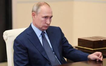 Putin habría dirigido hackeo de correos para dañar campaña de Hillary Clinton