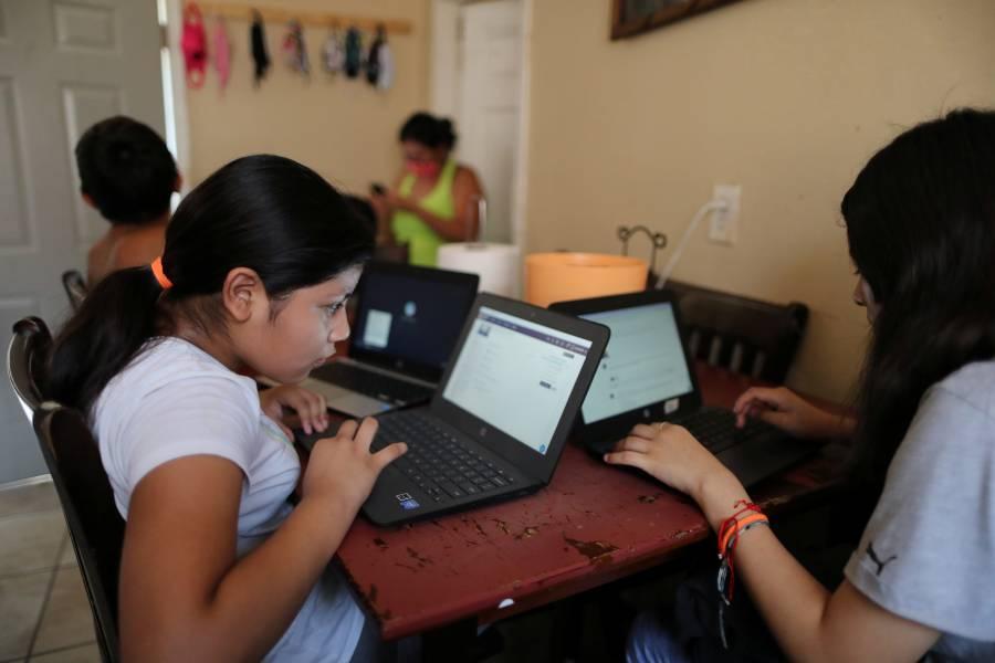 El Salvador mantendrá clases virtuales hasta fin de año por COVID-19
