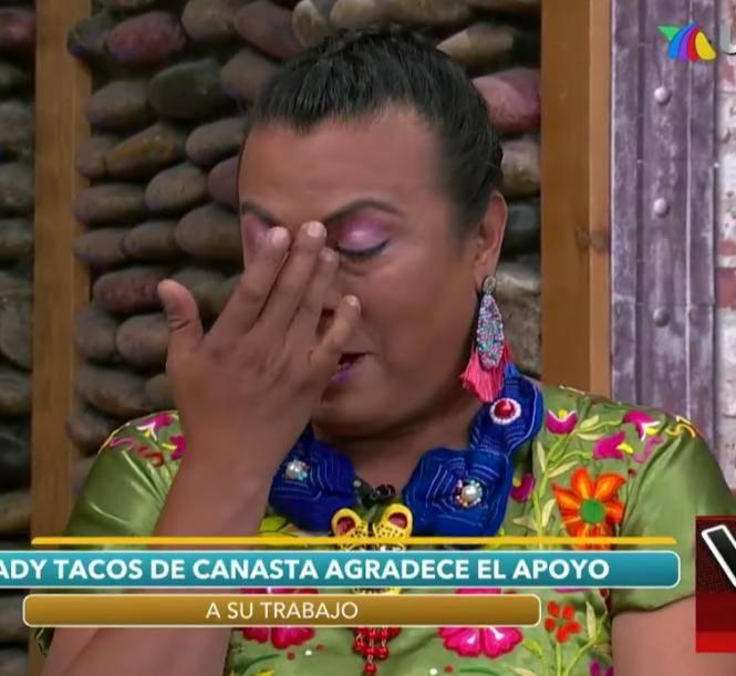 Lady Tacos de Canasta llora en VLA tras humillación de la policía capitalina