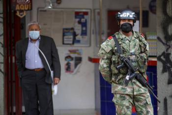 Tres masacres dejan al menos 17 muertos en Colombia