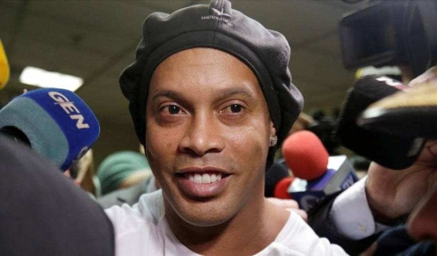 Ronaldinho y su hermano Roberto quedan en libertad