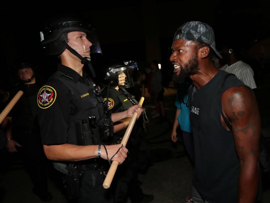 Nueva polémica en Wisconsin después de que policía le disparara 7 veces a afroamericano