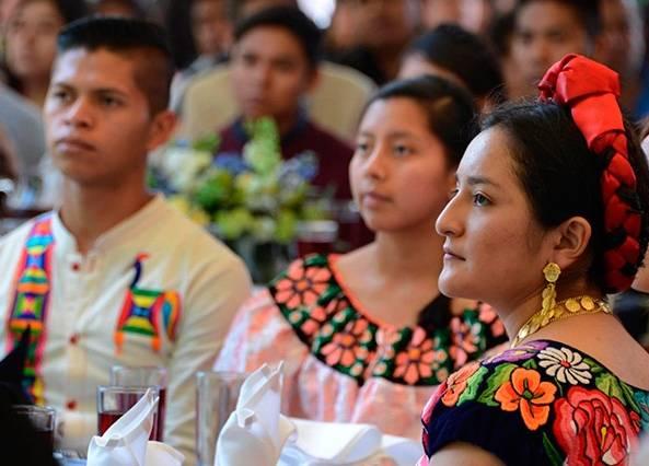 Otorga UNAM becas y tutorías, en apoyo a estudiantes de pueblos indígenas