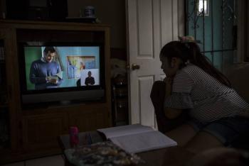 SEP: Los padres deben apoyar a sus hijos durante las clases en casa