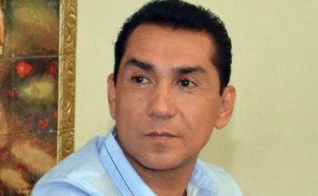Juez ampara al ex alcalde José Luis Abarca; permanecerá en prisión