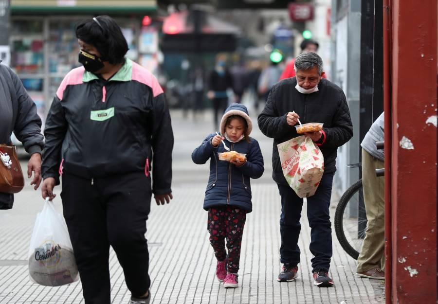 Argentina supera por primera vez 10 mil contagios diarios de COVID-19