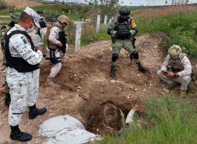 Sedena y Guardia Nacional inhabilitan 10 tomas clandestinas de hidrocarburos