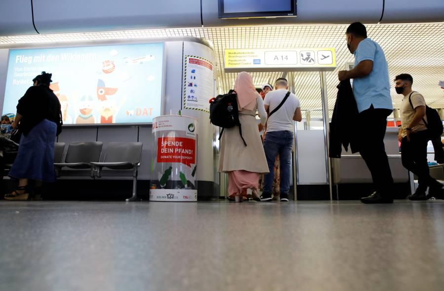 Alemania suspende pruebas rápidas de COVID-19 a quienes regresen del extranjero