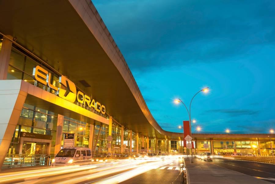 Colombia da primer paso para reabrir vuelos internacionales