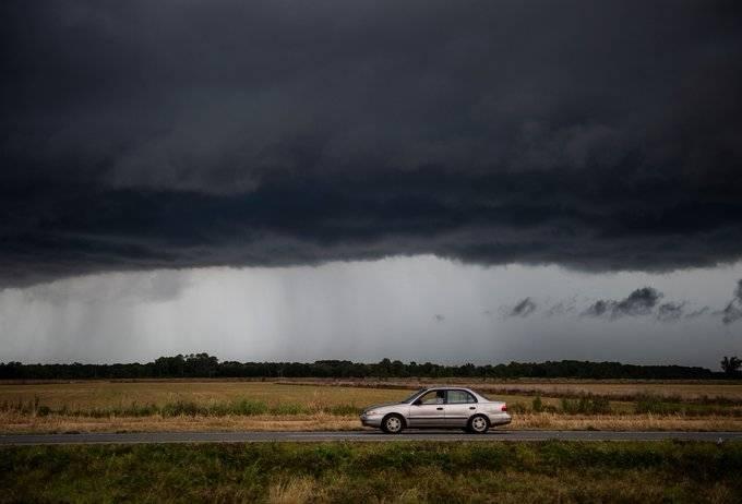 Laura se degrada a tormenta tropical; mantiene su avance por Luisiana y Arkansas