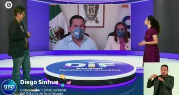 Rodríguez Vallejo y DIF estatal reconocen a los adultos mayores de Guanajuato