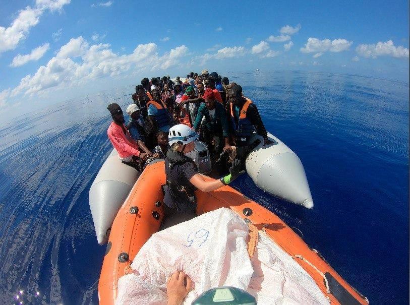 La ONU pide el desembarco inmediato de migrantes varados en el Mediterráneo