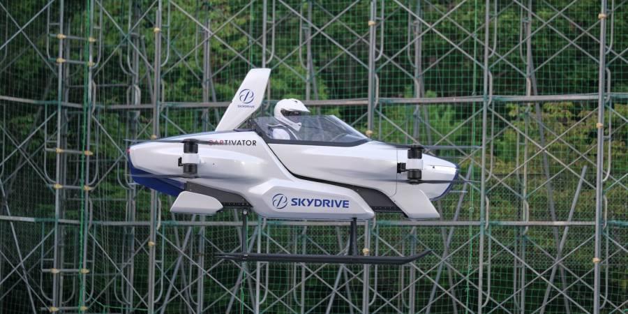Con éxito logran primer prueba de auto volador tripulado