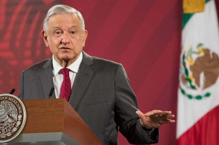 Analizan hacer deducibles colegiaturas: López Obrador