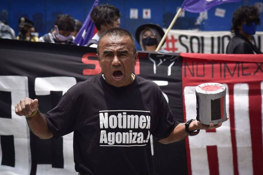 Denuncia SutNotimex persecución política contra secretaria general