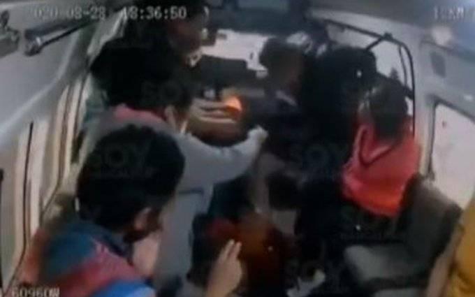 Video: Asaltantes disparan a pasajero durante robo en el Estado de México