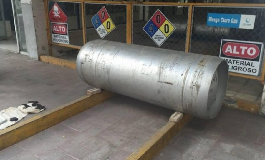 Roban cilindro de gas cloro
