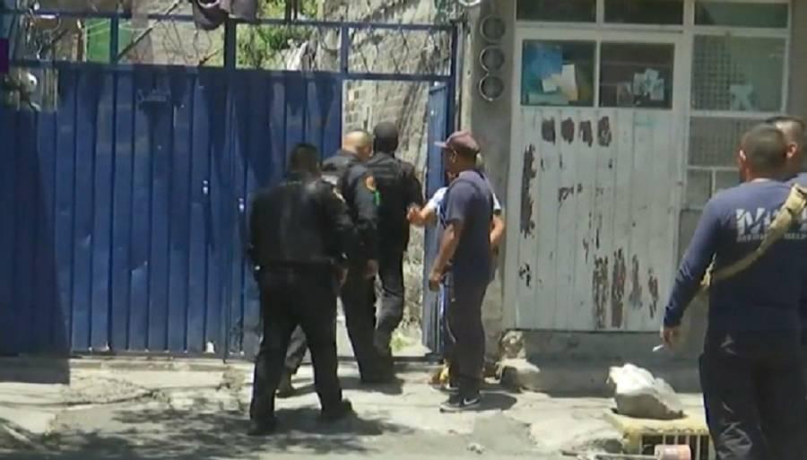 Dos detenidos y un muerto tras balacera en Iztapalapa