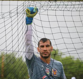 Por cuarta ocasión, Nahuel Guzmán habría dado positivo a Covid-19