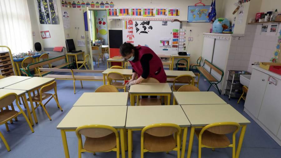 Millones de niños regresan a clases presenciales en Europa