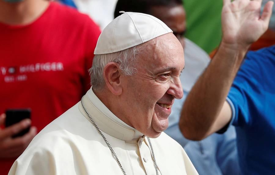 Papa Francisco realiza primera audiencia pública en seis meses