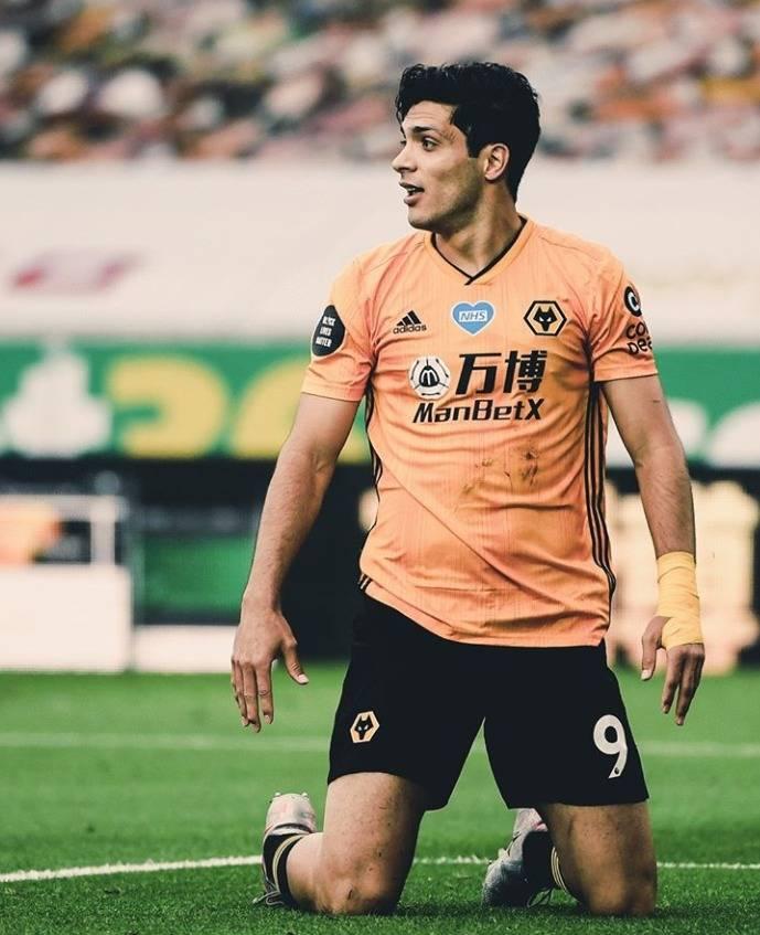 Jugadores de Wolves nombran a Raúl Jiménez como el mejor jugador de la temporada