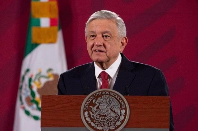 López Obrador narra el día en que la avioneta donde viajaba casi se desploma