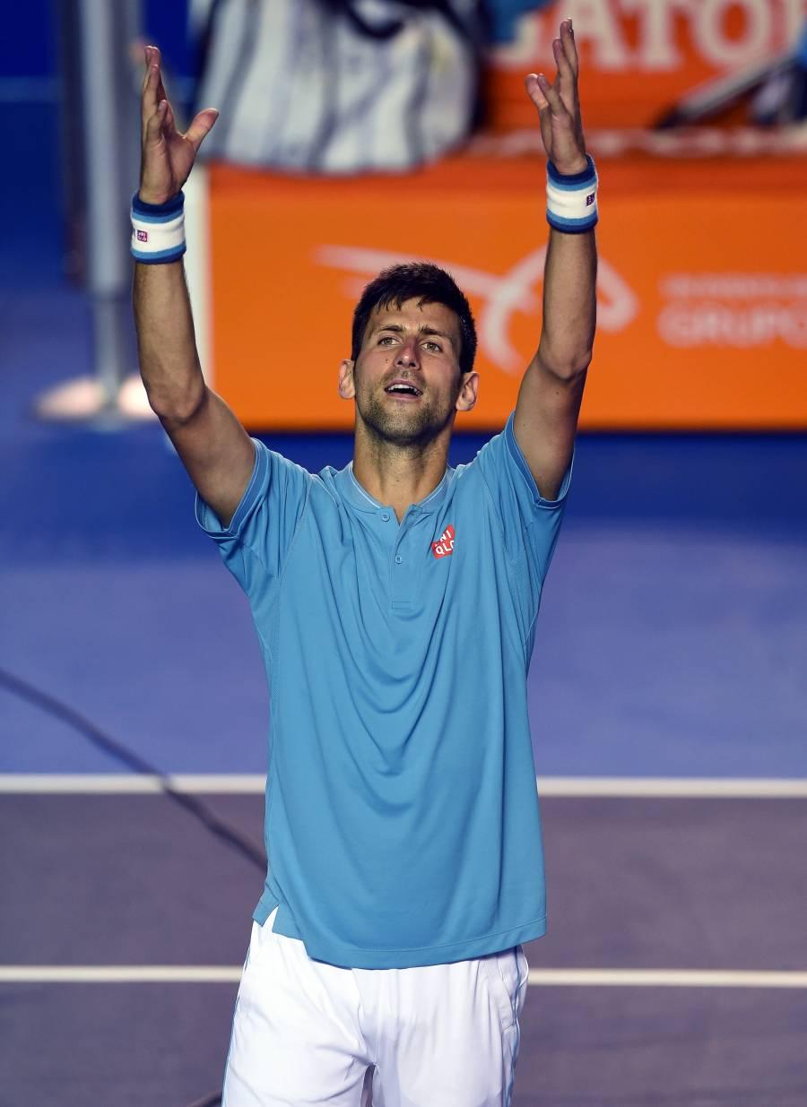 Descalifican a Novak Djokovic del US Open por golpear a una jueza