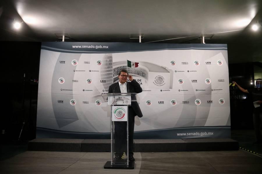 Ricardo Monreal quiere ser mediador entre feministas y CNDH