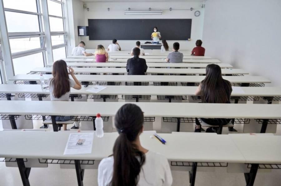 España regresa hoy a clases con  un déficit de casi 40 mil docentes
